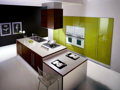 Cozinha moderna, conjugando o castanho e o verde