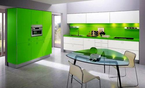 Cozinha moderna em tons de verde
